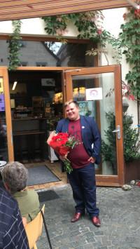 Jan Plobner bei seiner Wahlfeier in Altdorf bei Verkündung der Wahlergebnisse